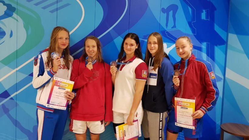 Подмосковные пловчихи завоевали 6 наград всероссийских соревнований
