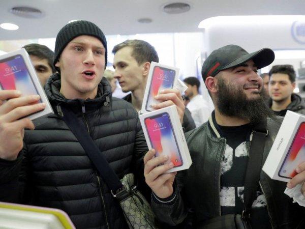 СМИ: Apple может уйти из России из-за закона о запрете смартфонов без отечественных приложений