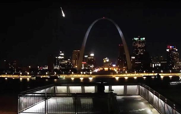 В небе США взорвался крупный метеор
