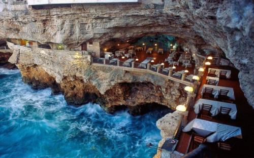 12 ресторанов, в которых вам будет не до еды