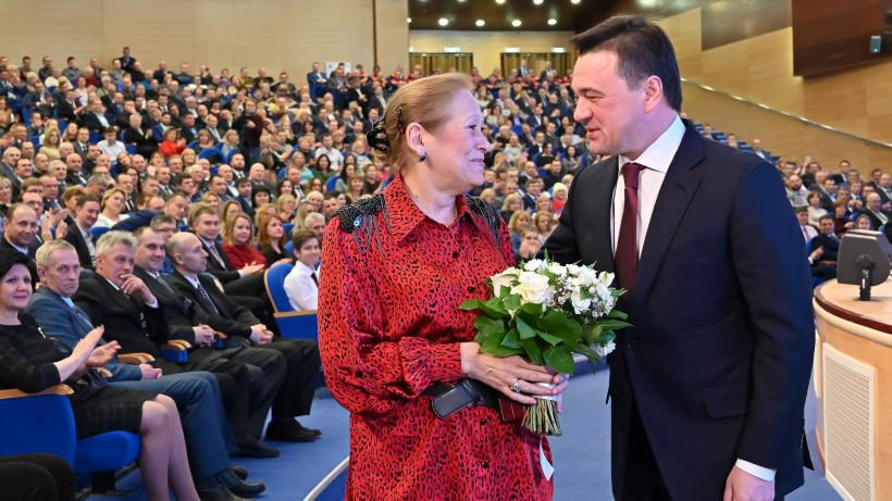 Губернатор поздравил энергетиков Подмосковья с профессиональным праздником