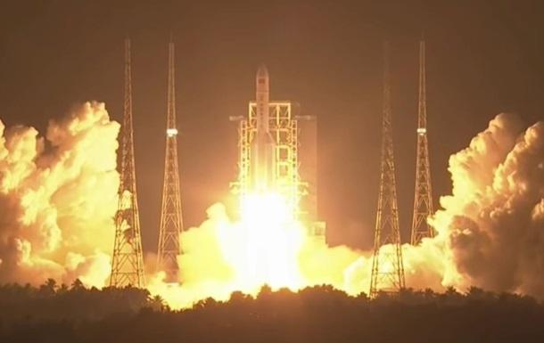 Китай запустил свою самую мощную ракету