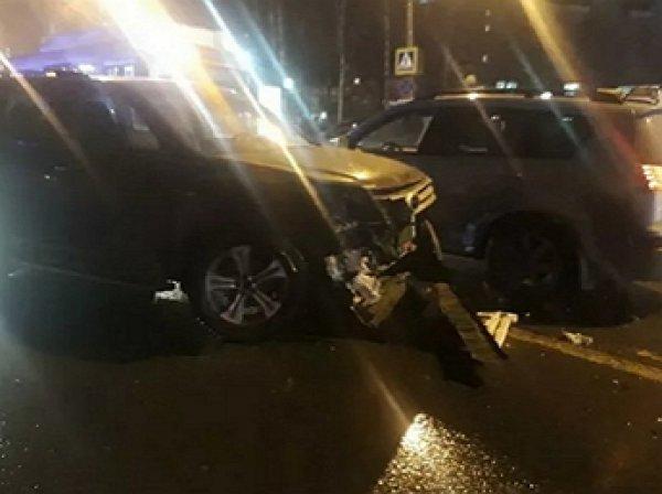 Момент наезда авто на колонну школьников в Нижнем Новгороде попал на видео: погибла женщина