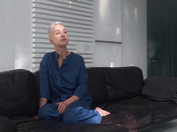 """""""Мурашки по коже"""": экс-жена Богомолова слилась в страстном поцелуе с олигархом"""