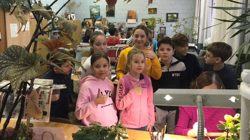 Новогодние экскурсии стартовали на фабриках народных промыслов Подмосковья