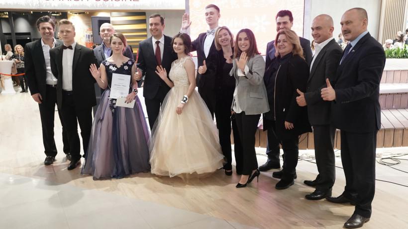 Новогодний бал старшеклассников прошел в Котельниках в рамках проекта «Зима в Подмосковье»