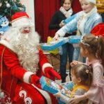 Новогодняя сказка «Проказы Бабы-яги на новогодней елке»