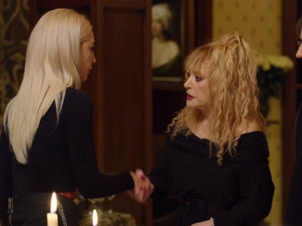 """""""Ну что, наелась?"""": Настя Ивлеева опозорилась перед Пугачевой в ее замке"""