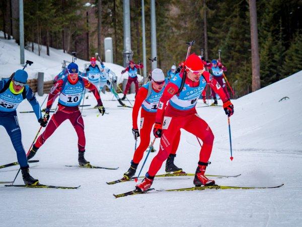 Россияне выступят в масс-старте на этапе Кубка мира по биатлону