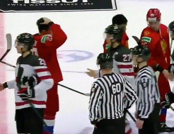 Российские хоккеисты после разгрома Канады отказались пожимать руку капитану ее сборной