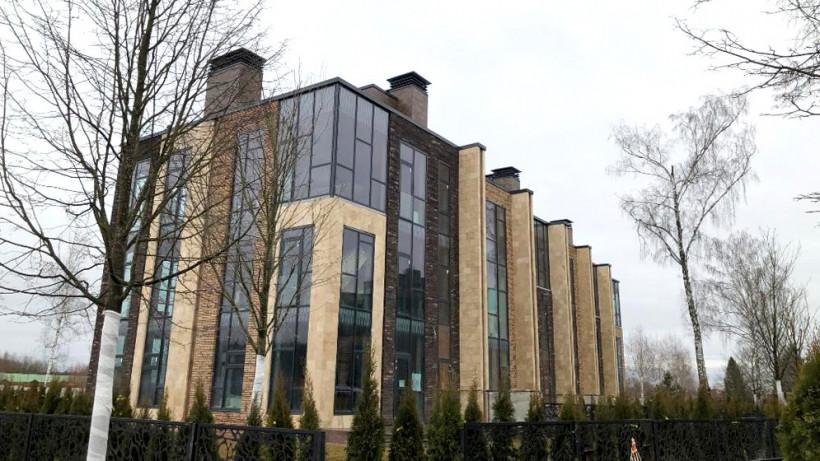 Таунхаус построили в ЖК «Парк Фонте» в Истре