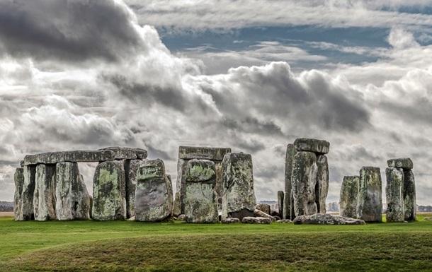 Ученые раскрыли тайну древних каменных монументов