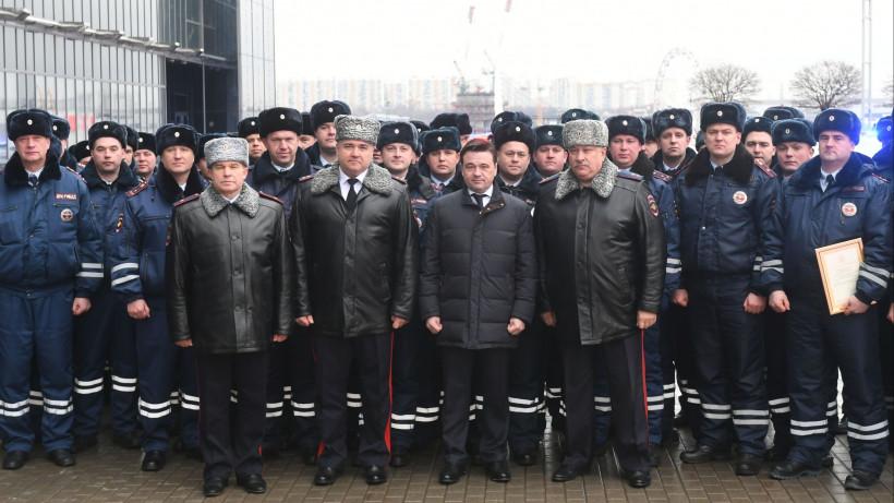 Андрей Воробьев вручил ключи от новых автомобилей дорожно-патрульной службы