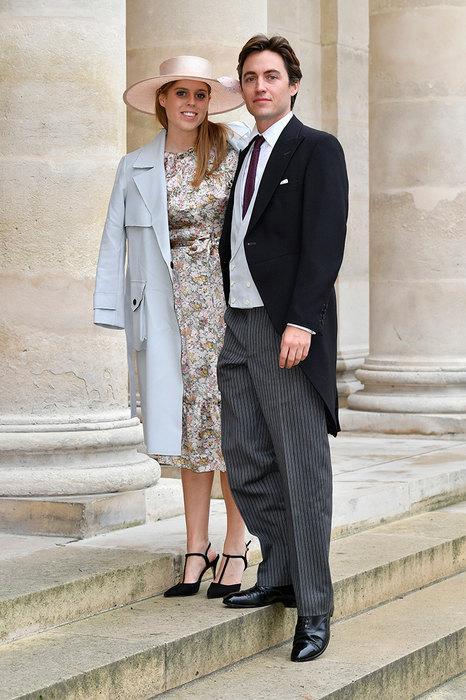 В прошлом году Беатрис объявила о помолвке с 35-летним миллиардером Эдоардо Мапелло-Моцци. О том, когда именно состоится свадьба, пока неизвестно.