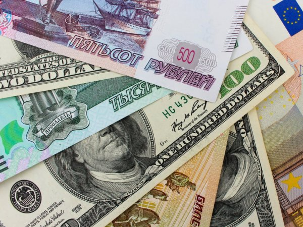 Эксперты: к февралю рубль пойдет вверх