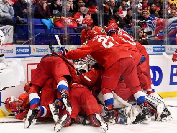 Молодежная сборная России вышла в финал ЧМ по хоккею, обыграв шведов