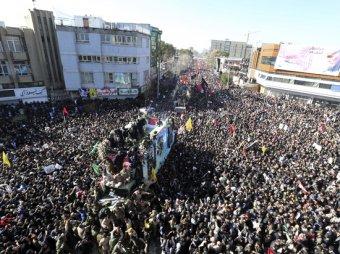 На похоронах Сулеймани в Иране в давке погибли свыше 30 человек