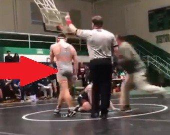 Отец избил соперника своего сына на турнире по борьбе