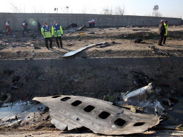 """СМИ опубликовали полную хронологию крушения украинского """"Боинга"""" в Иране"""