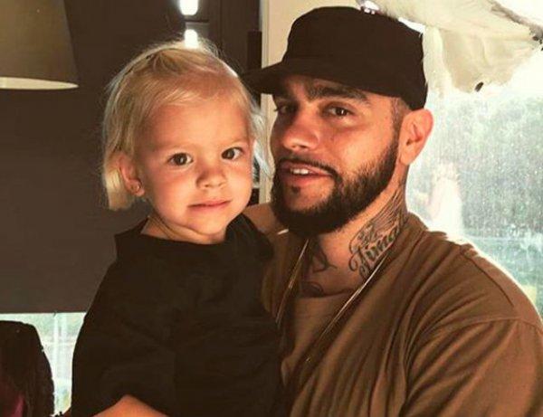Тимати стал непохож на себя: он сбрил бороду в споре с дочерью на камеру