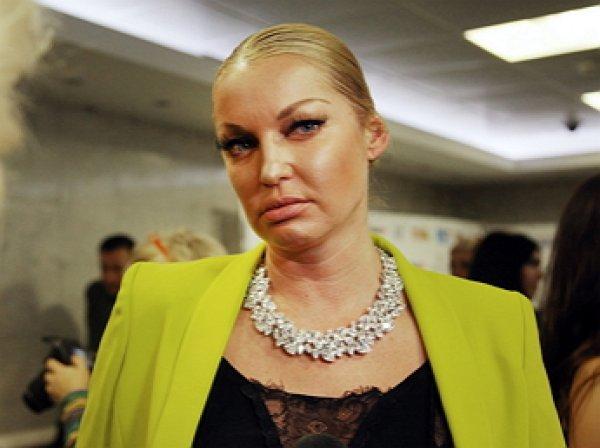 """""""Без слёз не взглянешь"""": Волочкова в погоне за стройностью переборщили с фотошопом"""