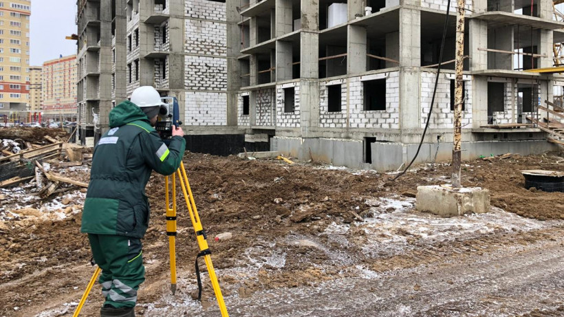 Инспекторы Главгосстройнадзора проверили 18 строящихся в Подмосковье объектов за неделю