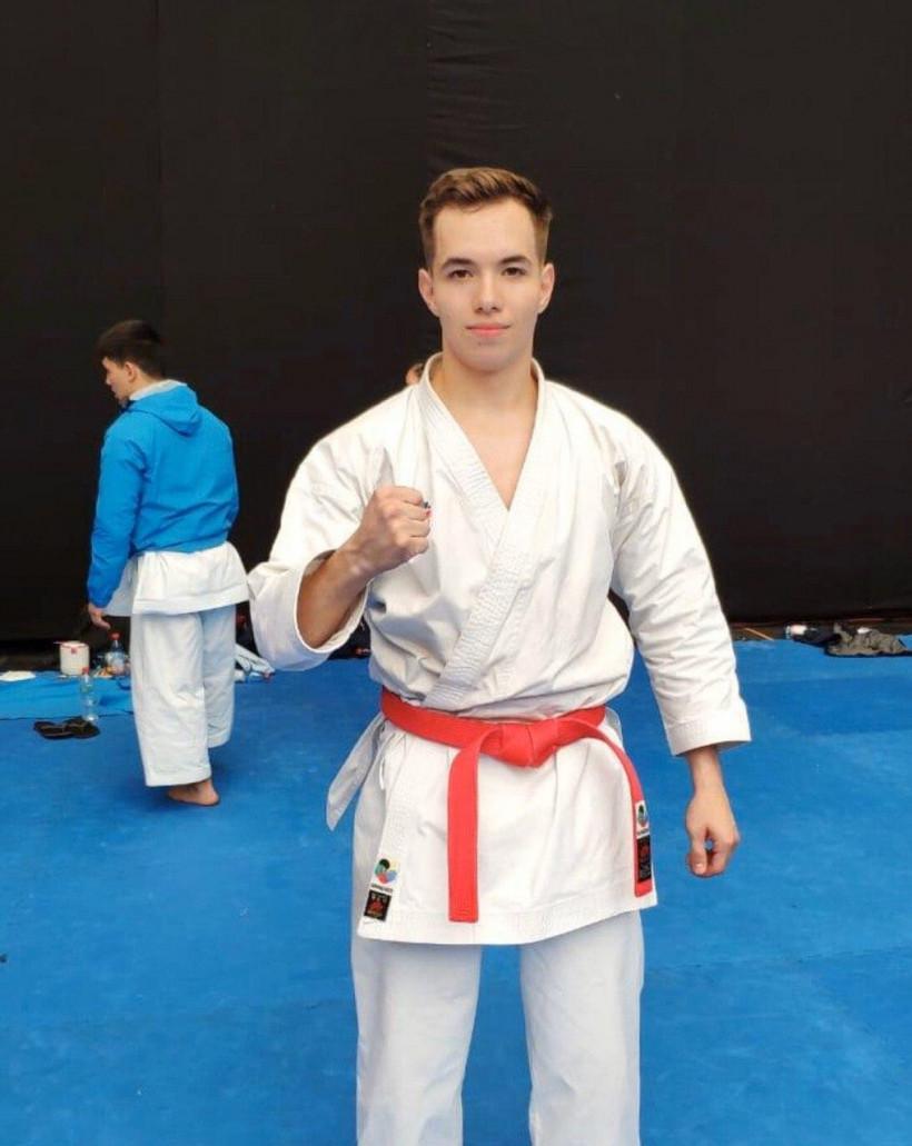 Константин Сутягин выступит на молодежном первенстве Европы по каратэ
