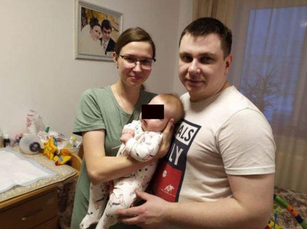 На Урале олигарх пожертвовал более 100 млн рублей на спасение 5-месячной Ани Новожиловой с СМА
