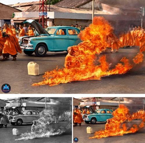 Буддийский монах поджигает себя в знак протеста против политики правительства, Южный Вьетнам, 1963.