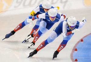 Российские спортсменки выиграли «серебро» и «бронзу» в первый день Чемпионата мира по конькобежному спорту на отдельных дистанциях
