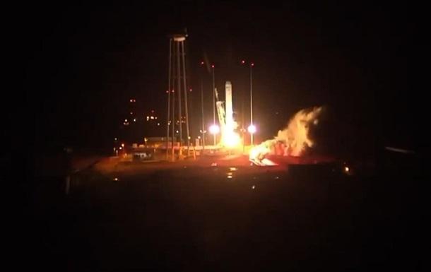 США не смогли запустить космический корабль с грузом для МКС