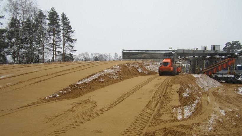 Строители приступили к устройству насыпи земляного полотна на подходах к путепроводу в Истре