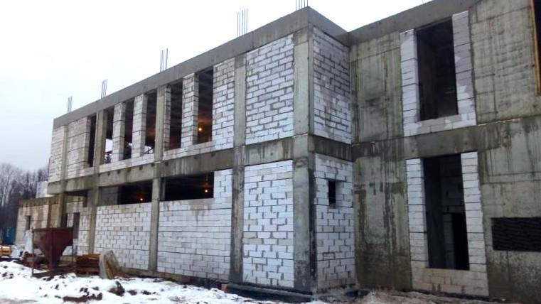 Строительство Дома культуры в Молодежном завершат в августе 2020 года