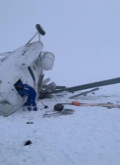 В катастрофе Ми-8 на Ямале кабиной вертолета расплющило двух пилотов