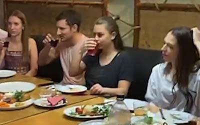 В Москве на дне рождения блогера из-за сухого льда в бане погибли 3 человека, включая мужа именинницы