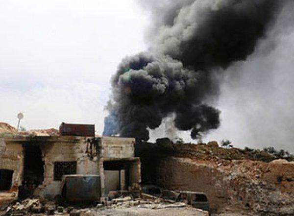 В Сети появилось видео воздушной атаки российских и сирийских военных в Идлибе