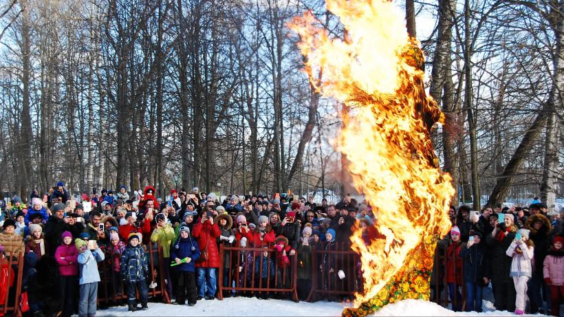Жителей Подмосковья приглашают отпраздновать Масленицу на 10 лучших площадках региона