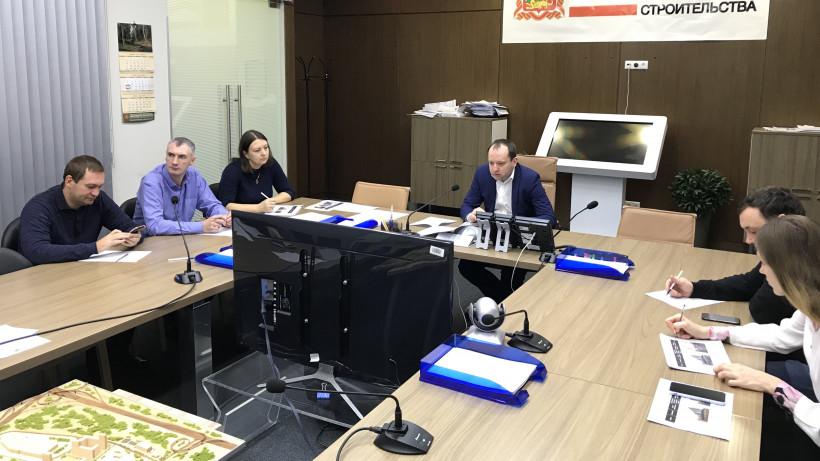 Более 90 семей переехали из аварийного жилья в новые квартиры в Подмосковье с начала года