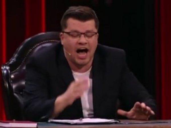 """Чинововирус"": Харламов и Батрутдинов ""хайпанули"" на коронавирусе в Comedy Club"
