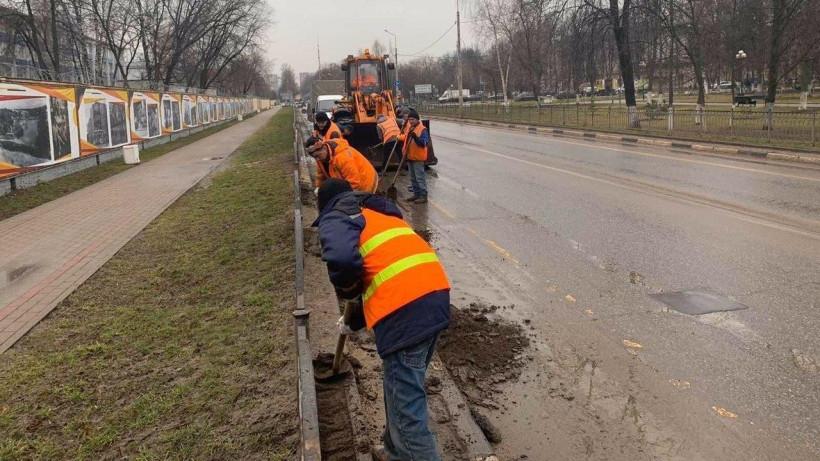 Уборка дорог после зимы