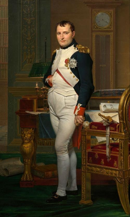 Миф: Наполеон Бонапарт был маленького роста. Факт: на самом деле рост французского императора был 170 см.