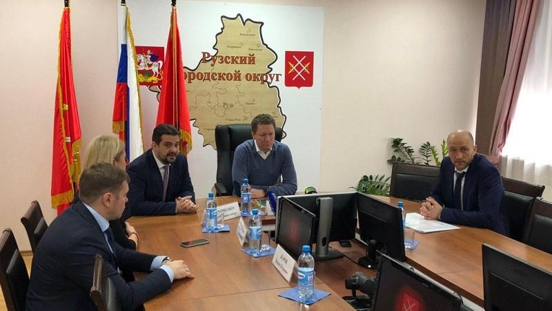 Куракин сообщил о введении режима ЧС в деревне Щелканово во время визита в Рузский округ