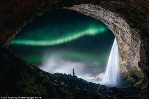 Сути Янг, Китай — «Северное сияние в Исландии»