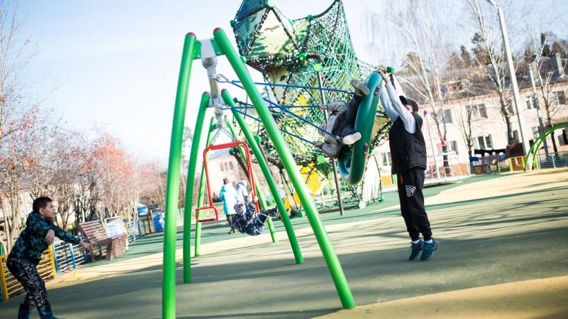 Не менее 10% дворовых территорий благоустраивают ежегодно в Подмосковье