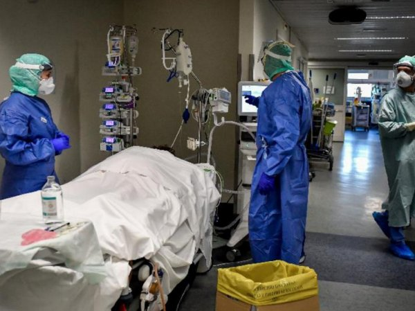 СМИ: распространение коронавируса в России может пойти по сценарию Испании