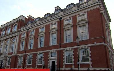 В Лондоне арестована недвижимость дочери и внука Назарбаева на 100 млн долларов