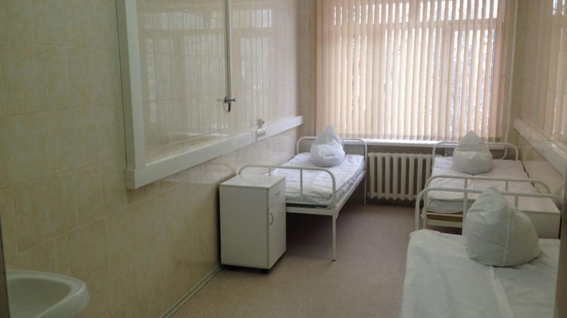 Восьмого вылечившегося от коронавируса пациента выписали из больницы в Московской области