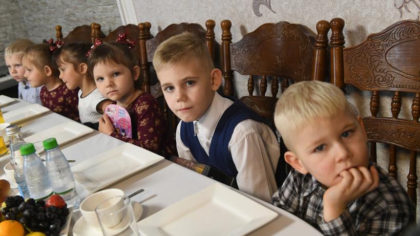 Более 300 многодетных семей получили земельные участки в Подмосковье с начала года