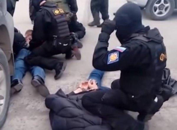 ФСБ сорвала два теракта в российских регионах