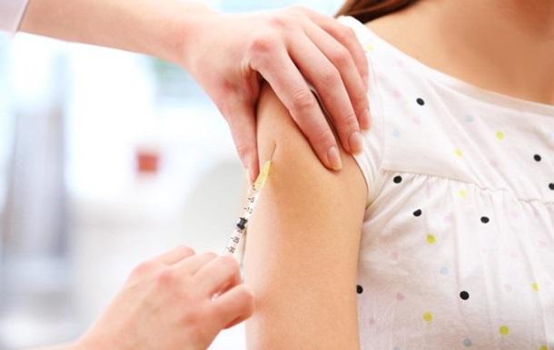 Германия начинает тестировать на людях вакцину от коронавируса